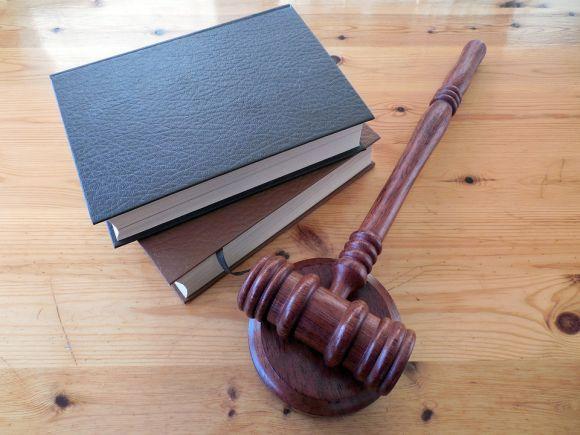 Vagas para a área de Direito também estão disponíveis (Foto Ilustrativa)
