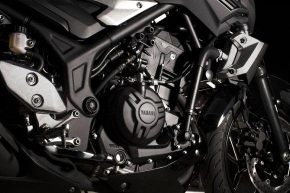 O motor da MT-03 rende 42 cv de potência (Foto: Divulgação Yamaha)