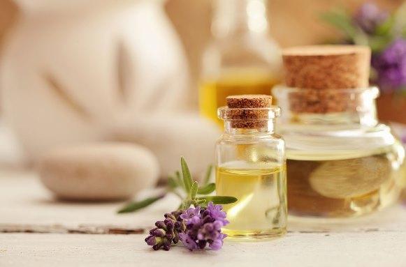 Use óleos vegetais para cuidar da pele e dos cabelos. (Foto Ilustrativa)