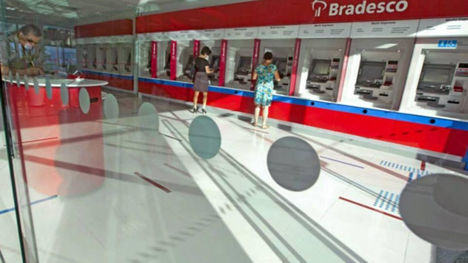 Tire a fatura do Bradesco pela internet (Foto: Exame/Abril)