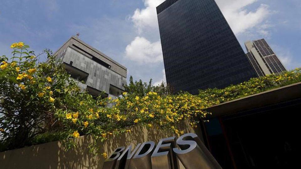 Veja como simular o financiamento do BNDES (Foto: Exame/Abril)