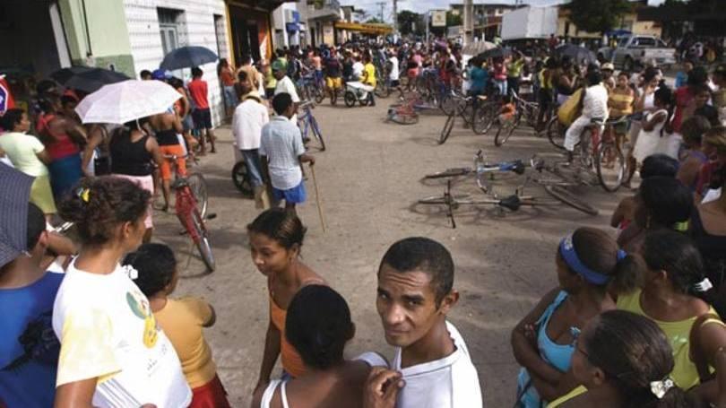 Cartão Família Carioca somava a renda dos mais pobres (Foto: Exame/Abril)