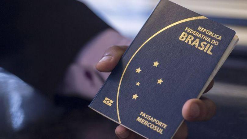 Passaporte é feito na Polícia Federal (Foto: Exame/Abril)