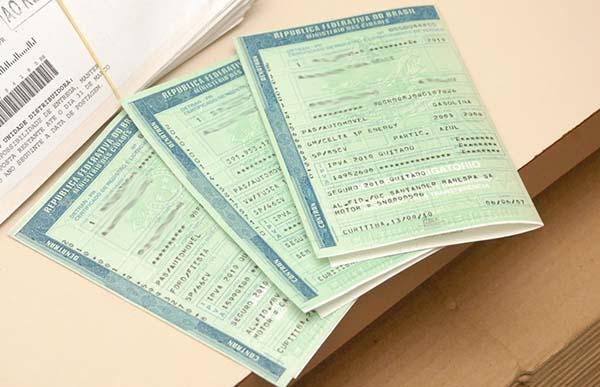 Veja os documentos necessários para transferir pontos da CNH (Foto: Reprodução)