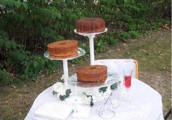 Bolo de casamento minimalista. (Foto: Reprodução)