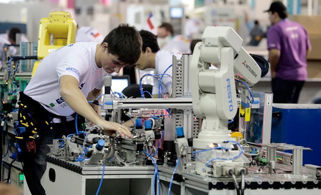 Técnico de Eletrotécnica SENAI (Foto: Reprodução/Portal das Indústrias)