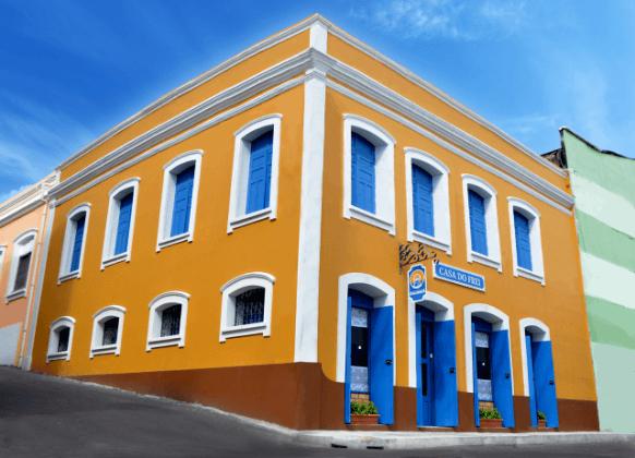 Cursos gratuitos de arte e culinária em Manaus 2016