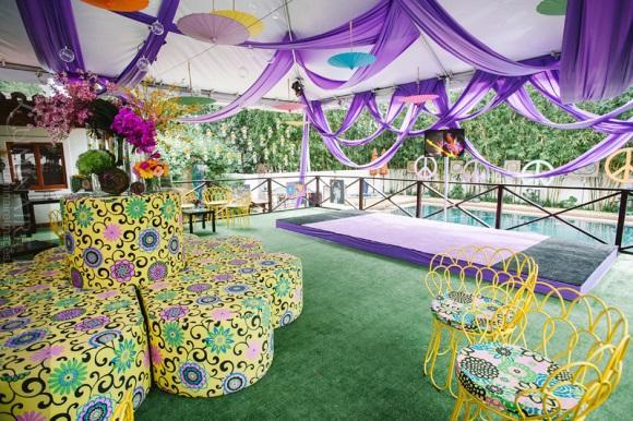 Anos 70 inspirou a decoração desta festa. (Foto: Reprodução/Luminaireimages)