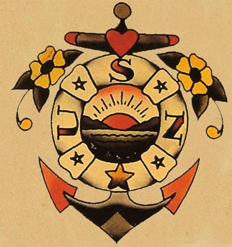 Tatuagem com cor e delicada (Foto: Divulgação)