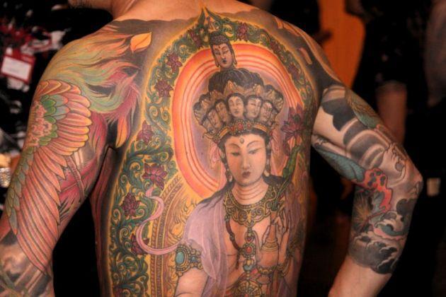 Tatuagem masculina oriental (Foto: Divulgação)