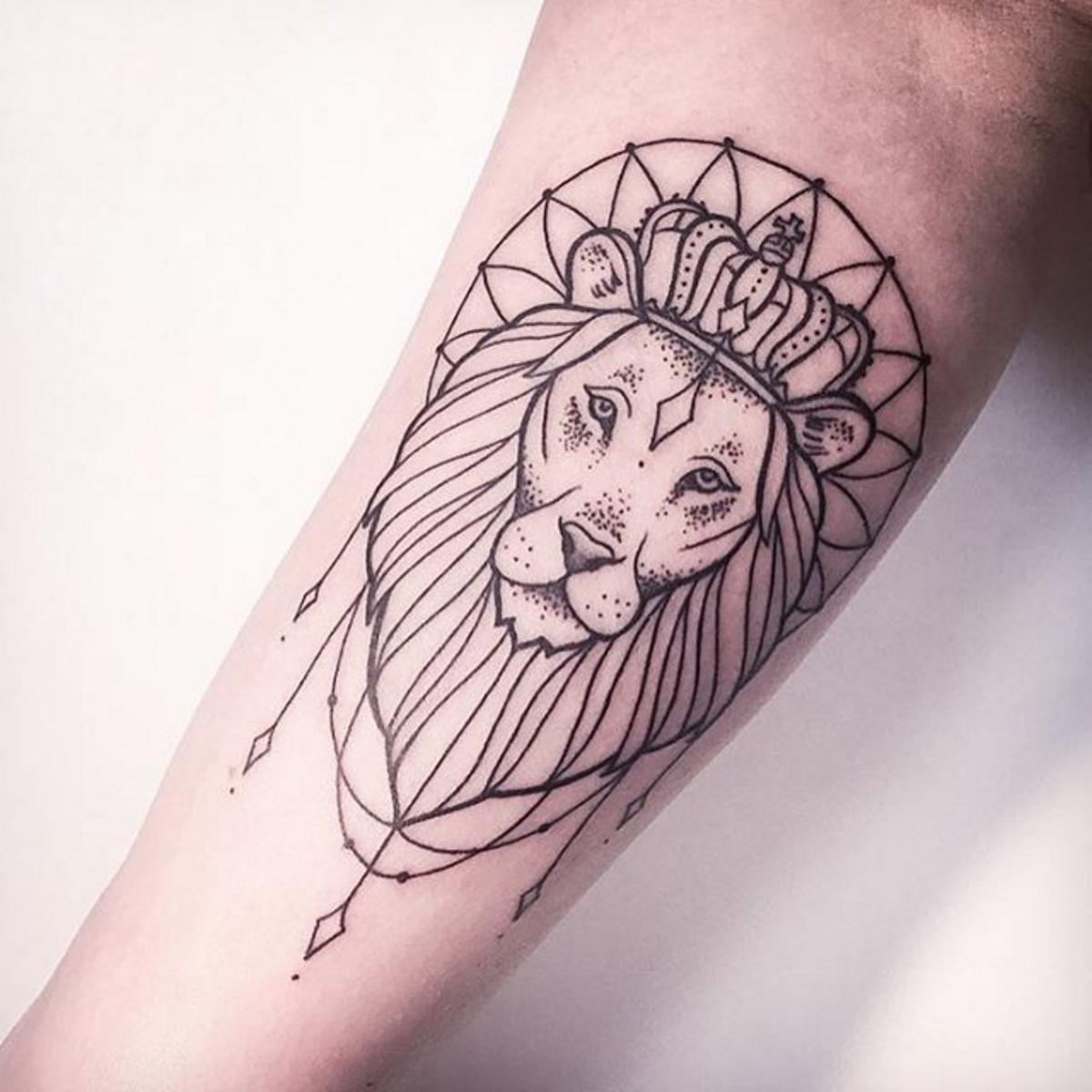 Mais uma tatuagens que usa a geometria a seu favor (Foto: Divulgação)