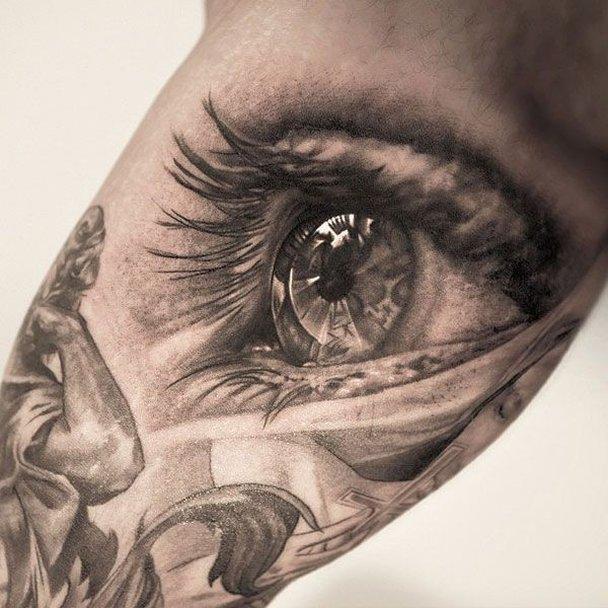 Tatuagem em 3d cinza (Foto: Divulgação)