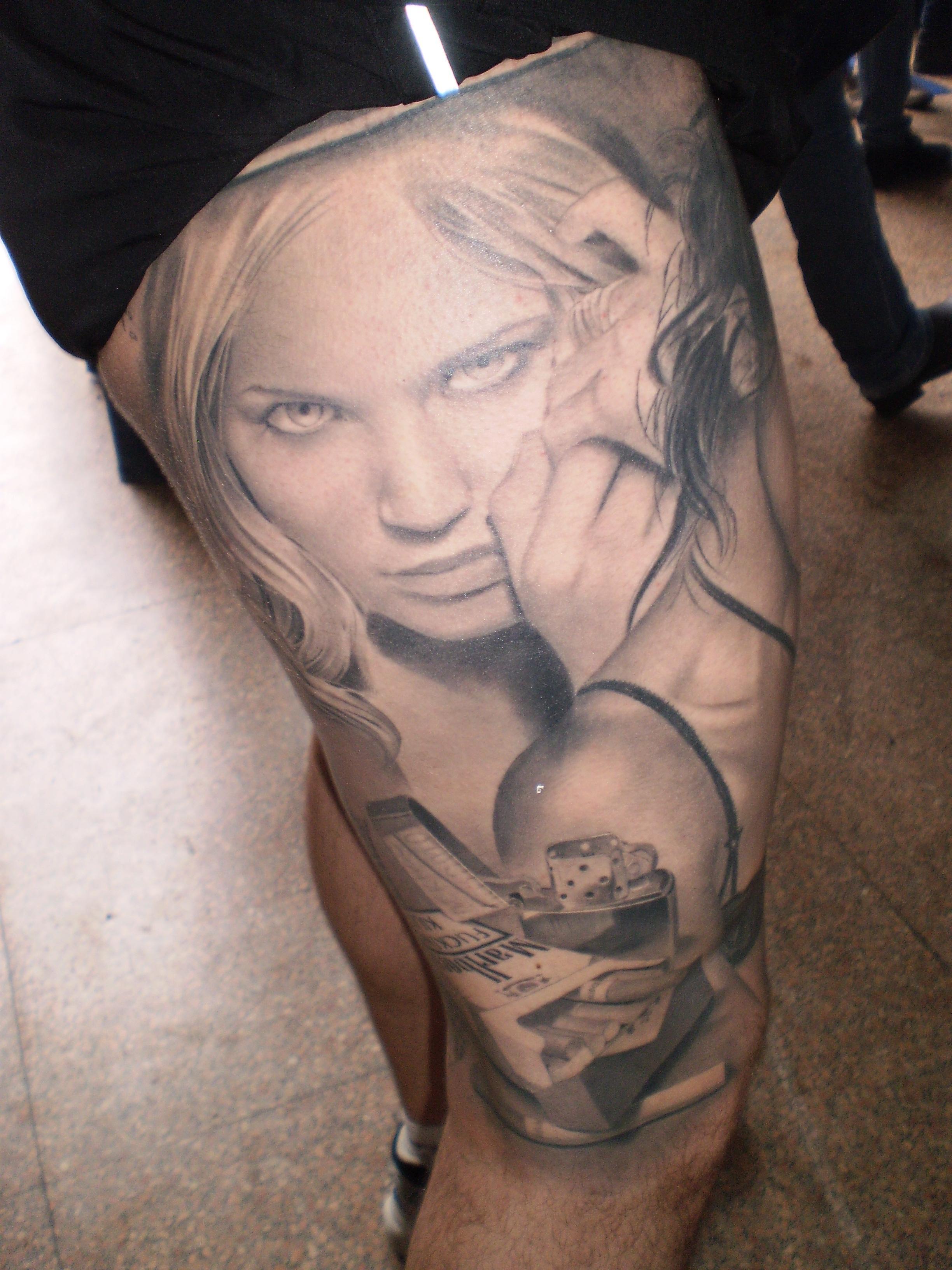 Tatuagens bem reais que são cinza (Foto: Divulgação)