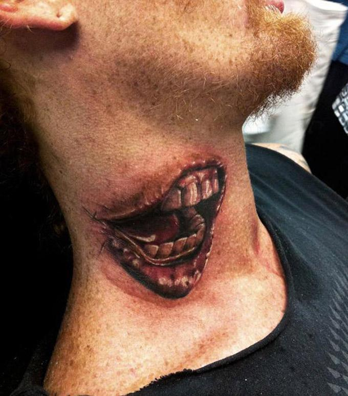 Não tem local certo para por uma tatuagem real (Foto: Divulgação)