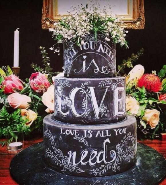 Bolo Chalkboard. (Foto: Reprodução/ Weddingomania)