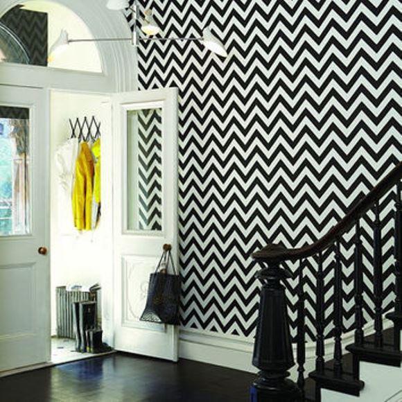 Papel de parede chevron preto. (Foto: Reprodução/ Wanelo)