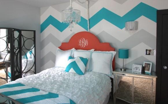 Papel de parede azul e cinza. (Foto: Reprodução/ Decoist)