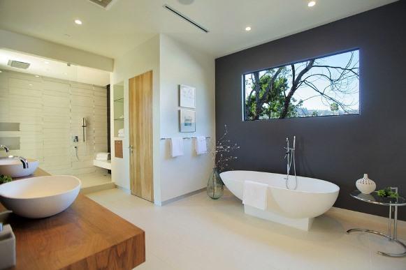 A sala de banho é perfeita para relaxar. (Foto: Reprodução/Freshome)