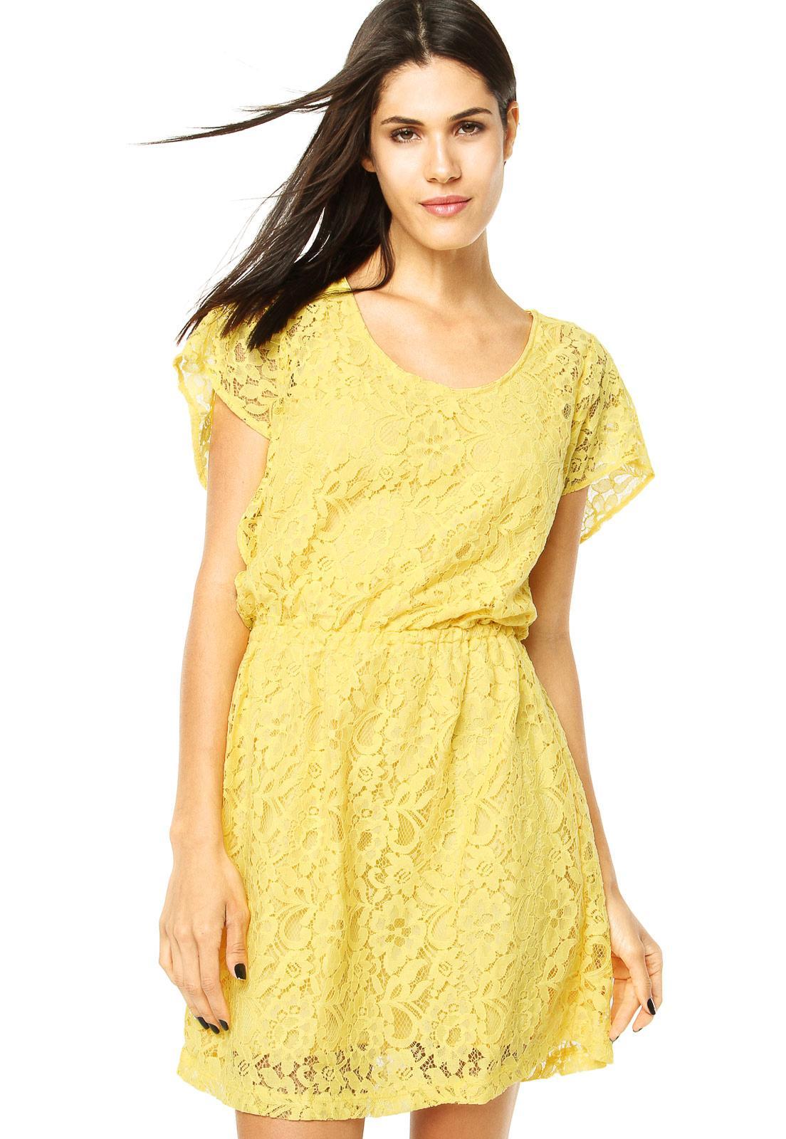 Modelos de vestido de renda 103