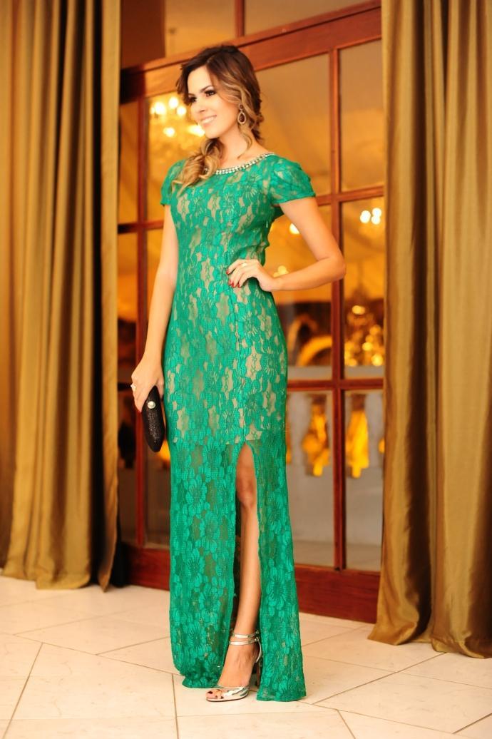Modelos de vestido de renda 104