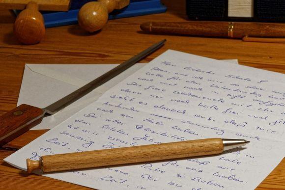Briefe Schreiben Mit Computer : Como fazer uma dissertação correta passo a
