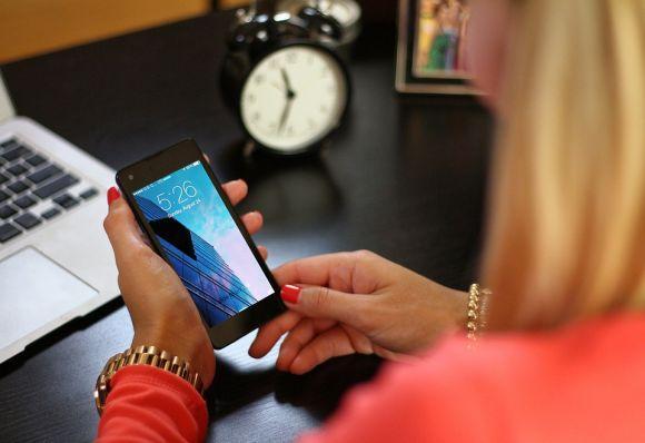 Cumpra os horários como se estivesse na empresa e vista-se adequadamente (Foto Ilustrativa)
