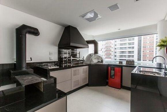 Os apartamentos também podem receber fogão a lenha com forno e churrasqueira (Foto: Reprodução Bella Telha)