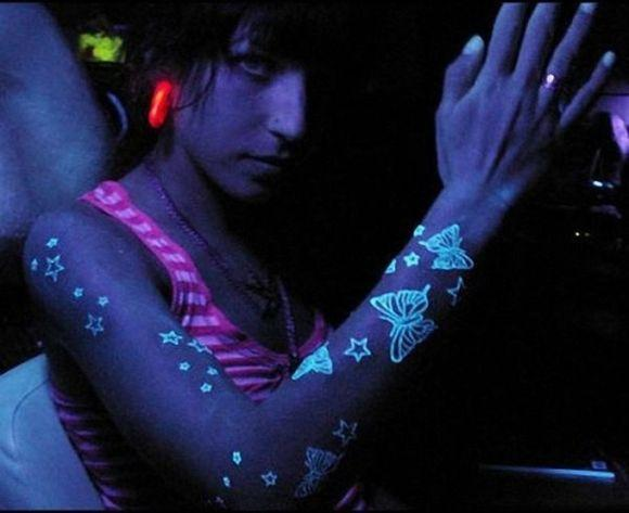 Tatuagem que brilha no escuro: fotos (Foto Ilustrativa)