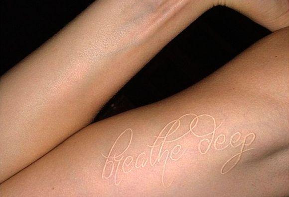 Tatuagem da Cara Delevingne (Foto Ilustrativa)