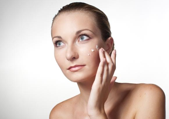O Cicatricure é uma boa opção para recuperar o aspecto jovem da pele. (Foto Ilustrativa)