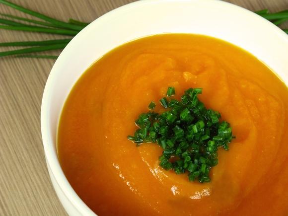Prepare uma deliciosa sopa para esquentar os dias frios. (Foto Ilustrativa)