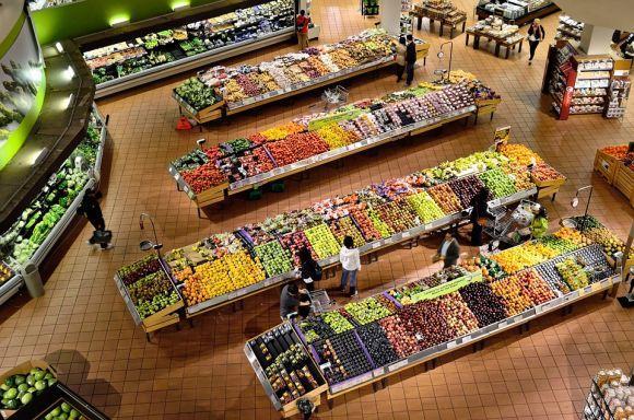 Vá direto às gôndolas dos produtos saudáveis, para evitar tentações (Foto Ilustrativa)