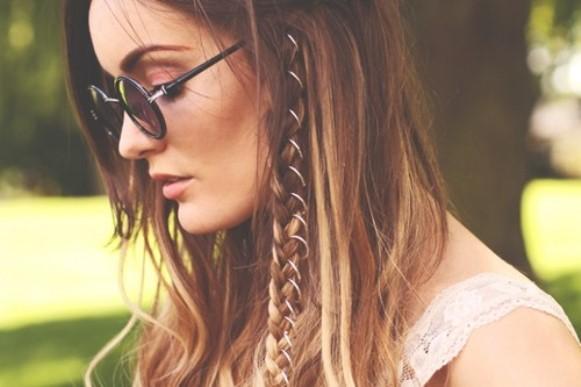 Deixe o seu cabelo mais moderno com anéis. (Foto: Reprodução/birchbox)