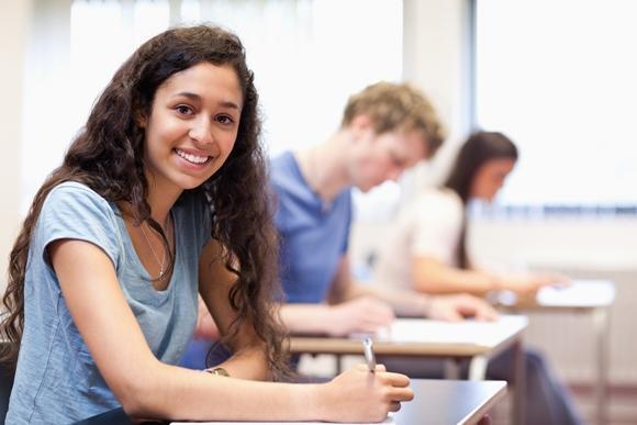 Faça o curso do CIEE e aumente as suas chances de tirar uma boa nota no Enem. (Foto Ilustrativa)