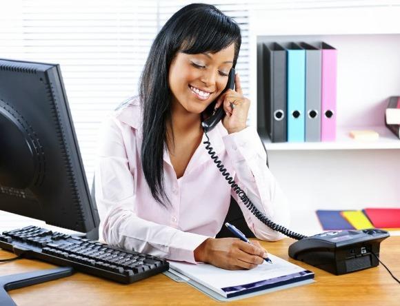 Auxiliar administrativo é uma opção de curso gratuito. (Foto Ilustrativa)