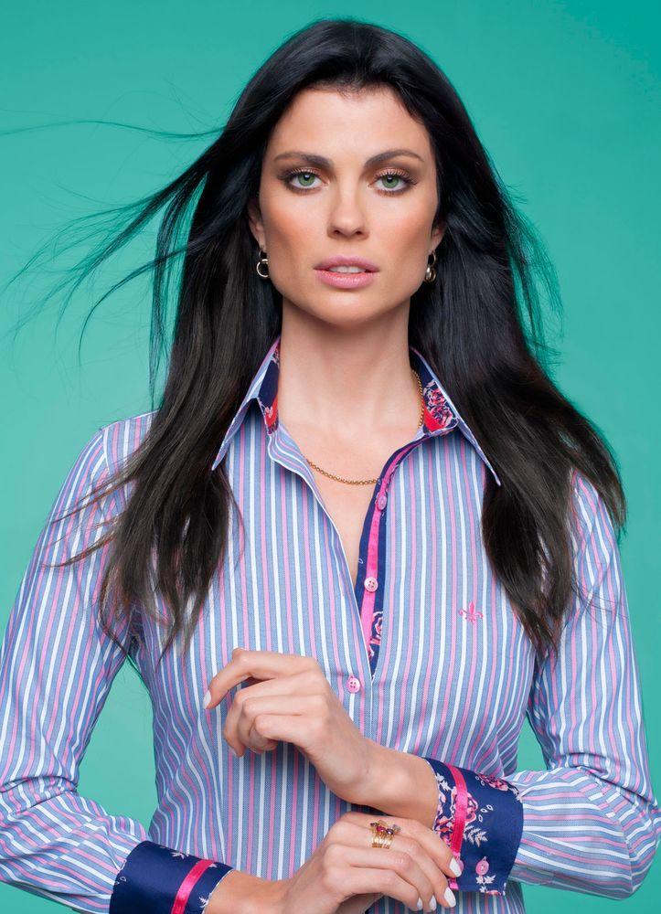 Camisa Dudalina azul listrada (Foto: Divulgação)