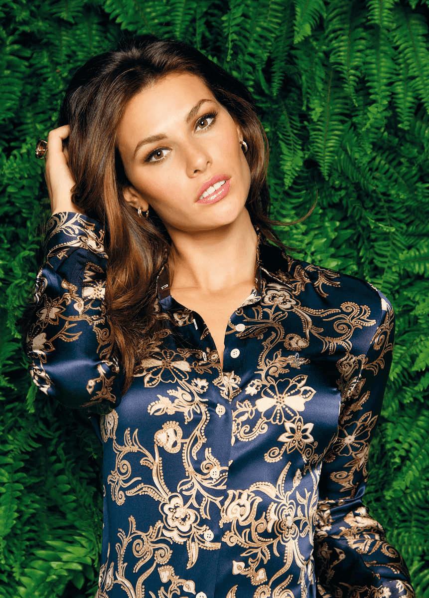 Camisa com estampas de perfil elegante da Dudalina (Foto: Divulgação)