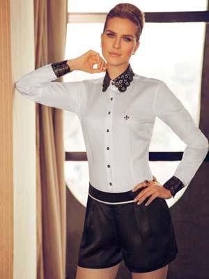 Camisa branca com mangas elegantes (Foto: Divulgação)