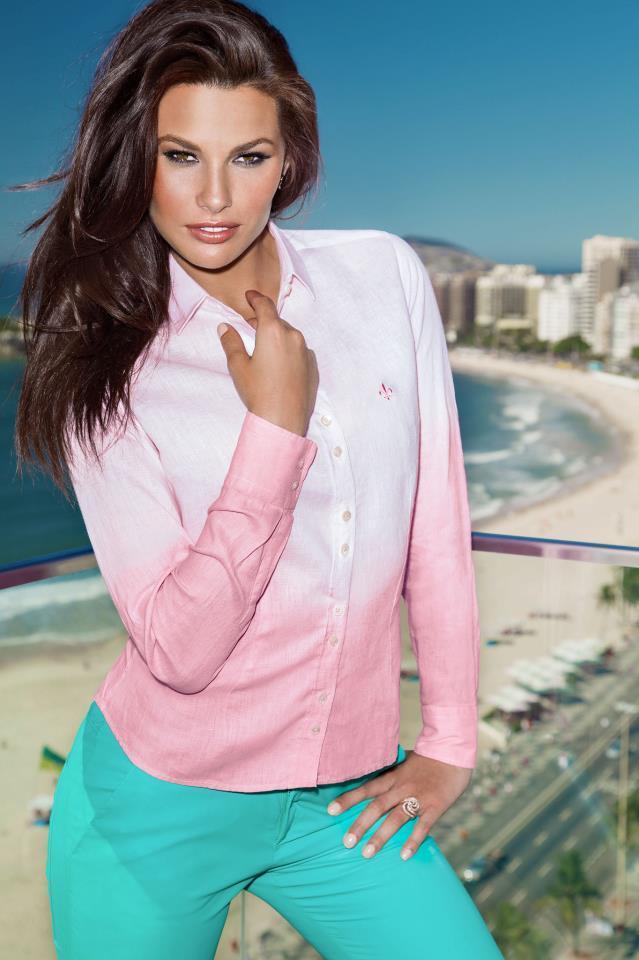 Camisa Dudalina rosa e branca (Foto: Divulgação)