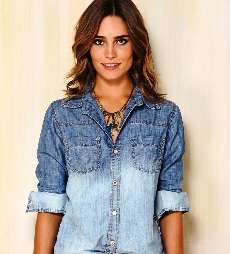 Camisa Dudalina jeans de dua cores (Foto: Divulgação)