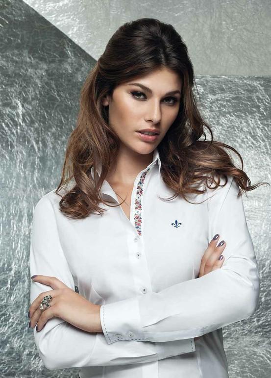 Camisa Dudalina branca diferenciada (Foto: Divulgação)