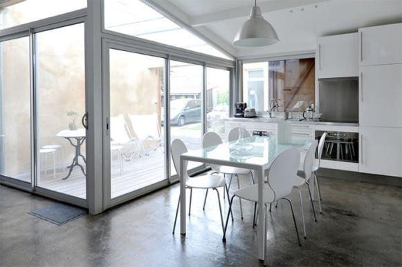 Casa mais moderna com o cimento queimado fotos e dicas 4 limaona agua