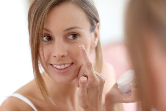Encontre formas de hidratar a pele. (Foto Ilustrativa)