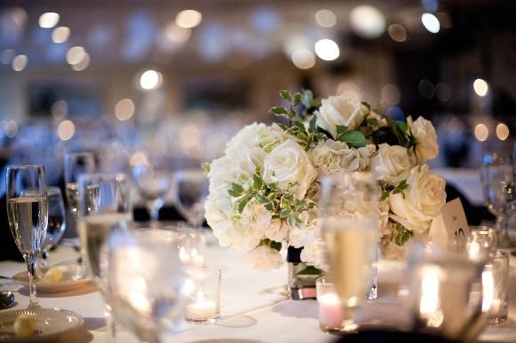 O home wedding merece uma decoração caprichada. (Foto: Reprodução/ mandauefoam)