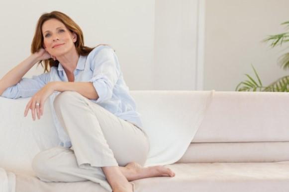 As mulheres recorrem à reposição hormonal na fase da menopausa. (Foto Ilustrativa)