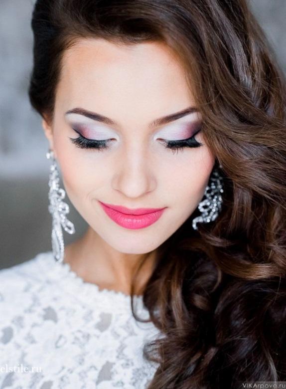 ... seguir uma seleção de fotos de maquiagem de noiva e inspire-se