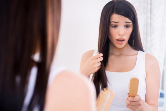 Evite aplicar produtos direto no couro cabeludo. (Foto Ilustrativa)