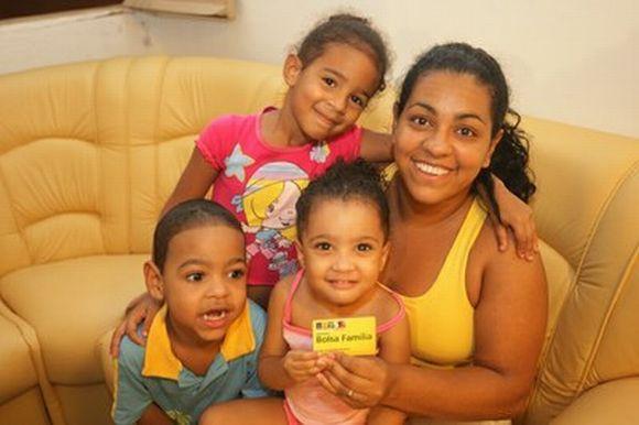 O aumento médio nos valores pagos pelo Bolsa Família será de 9% (Foto: Divulgação Ministério do Desenvolvimento Social)