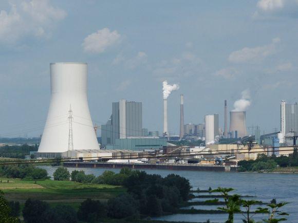 Cada vez mais a sociedade pressiona as indústrias para a preservação do meio ambiente (Foto Ilustrativa)