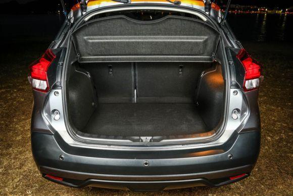 A Nissan promete um dos maiores porta-malas da categoria (Foto: Divulgação Nissan)